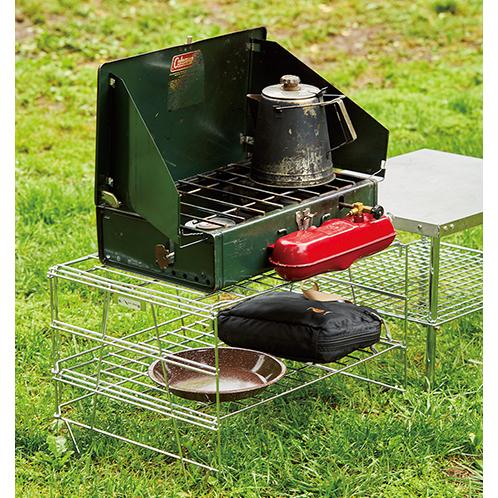 薄く畳んで持ち運べる!キャンプのキッチンを自在にレイアウトできる賢いラック