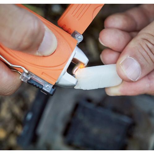 燃料要らずで風に強い!USB充電式の着火ライター