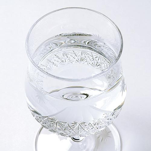 江戸切子の脚付き冷酒杯 雪月花