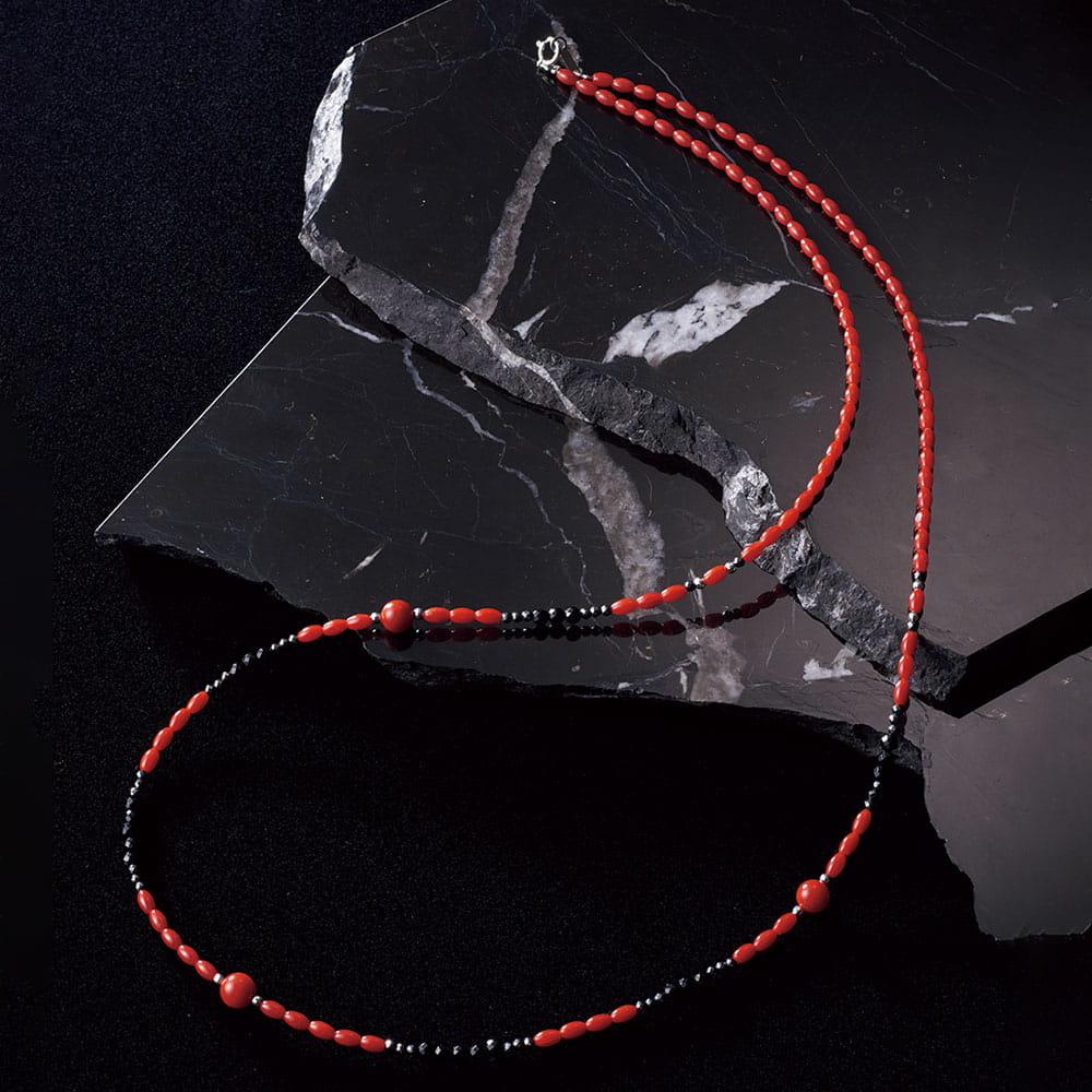 赤珊瑚と天然石のネックレス