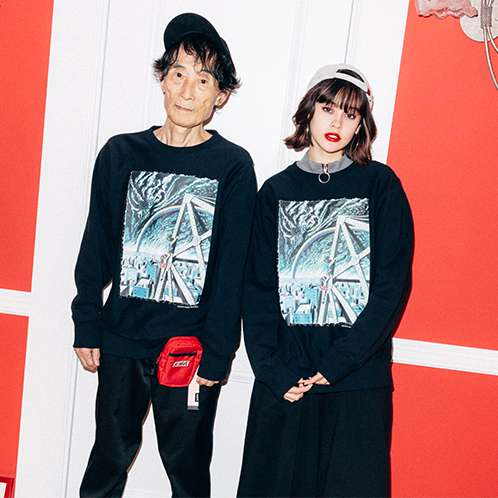 X-girl×KAZUO UMEZZ 「わたしは真悟」 CREW NECK SWEAT TOP